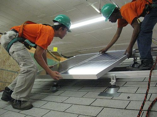 Photo of Green Jobs Corp solar installation training