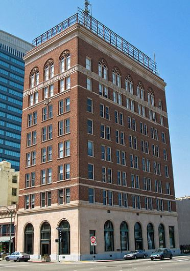 121.2 Holland Bldg, 380 14th Street