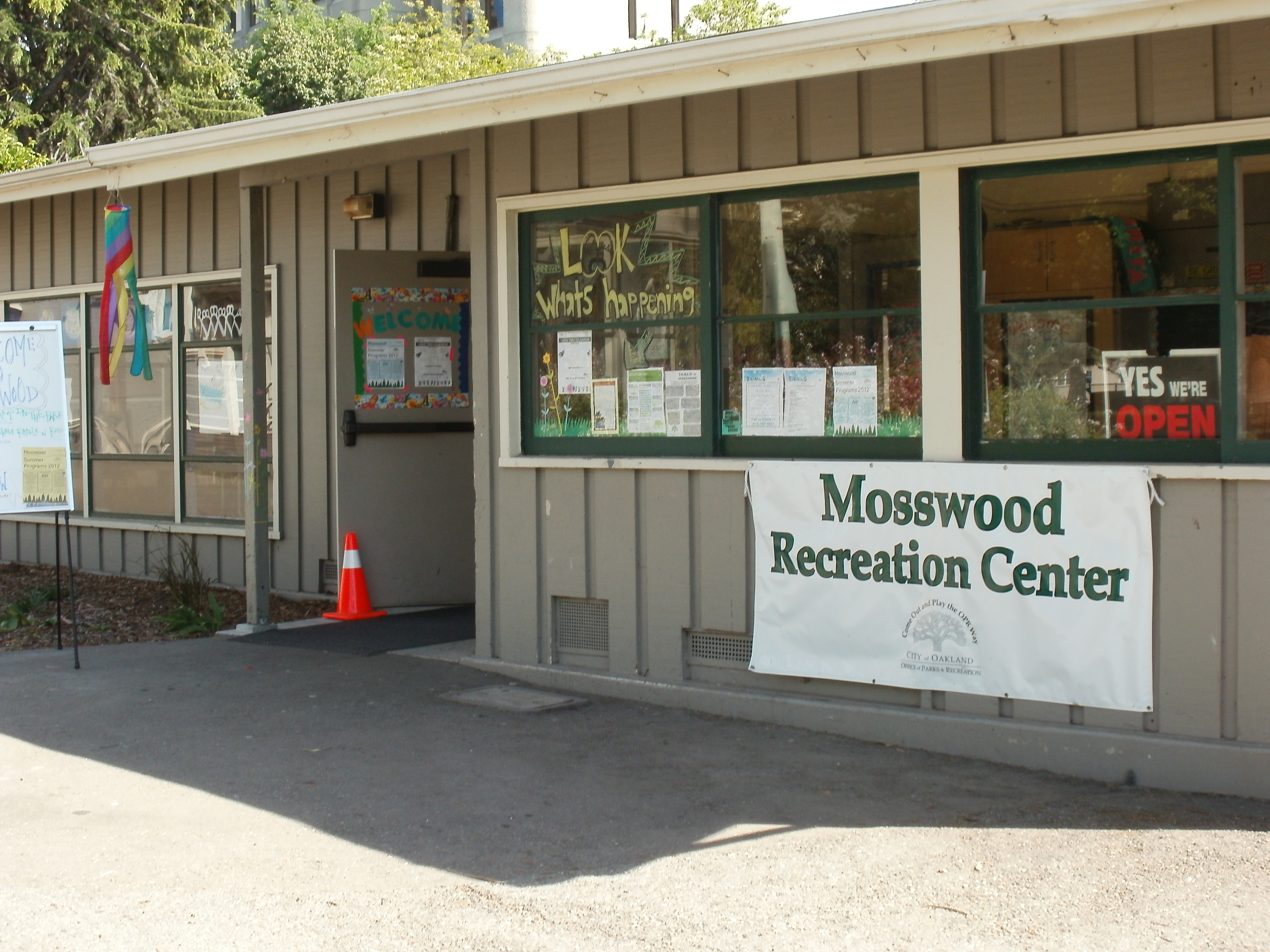 Photo Mosswood building