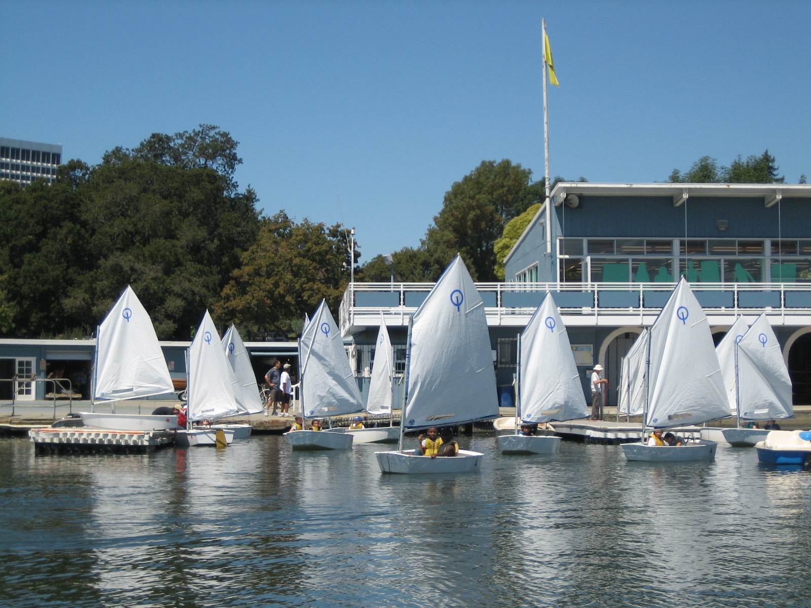 Basic Sailing Camp